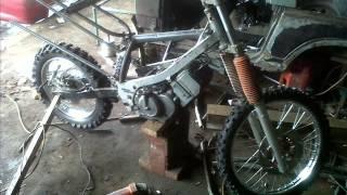 Repeat youtube video modifikasi rangka motor, by GP motor.....