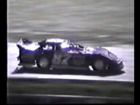 Clint Hines Winner -- 34 Raceway Late Model Feature -- 08-12-2000