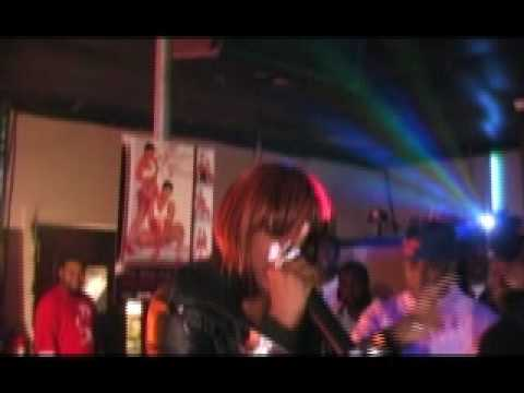 COCO BROWN AKA MS. NO TONSELS LIVE PERFORMACE LIVE @ THROBACK'S