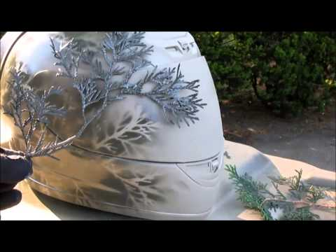 how to spray paint helmet snakeskin camo doovi. Black Bedroom Furniture Sets. Home Design Ideas