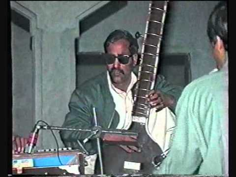 Hafiz Mazhar on Sitar and Farhat Khan - Potohari Sher - Jhelum