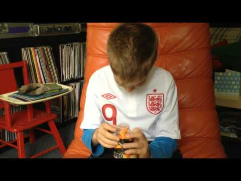 Rhys Reviews Turbo Tango Drink