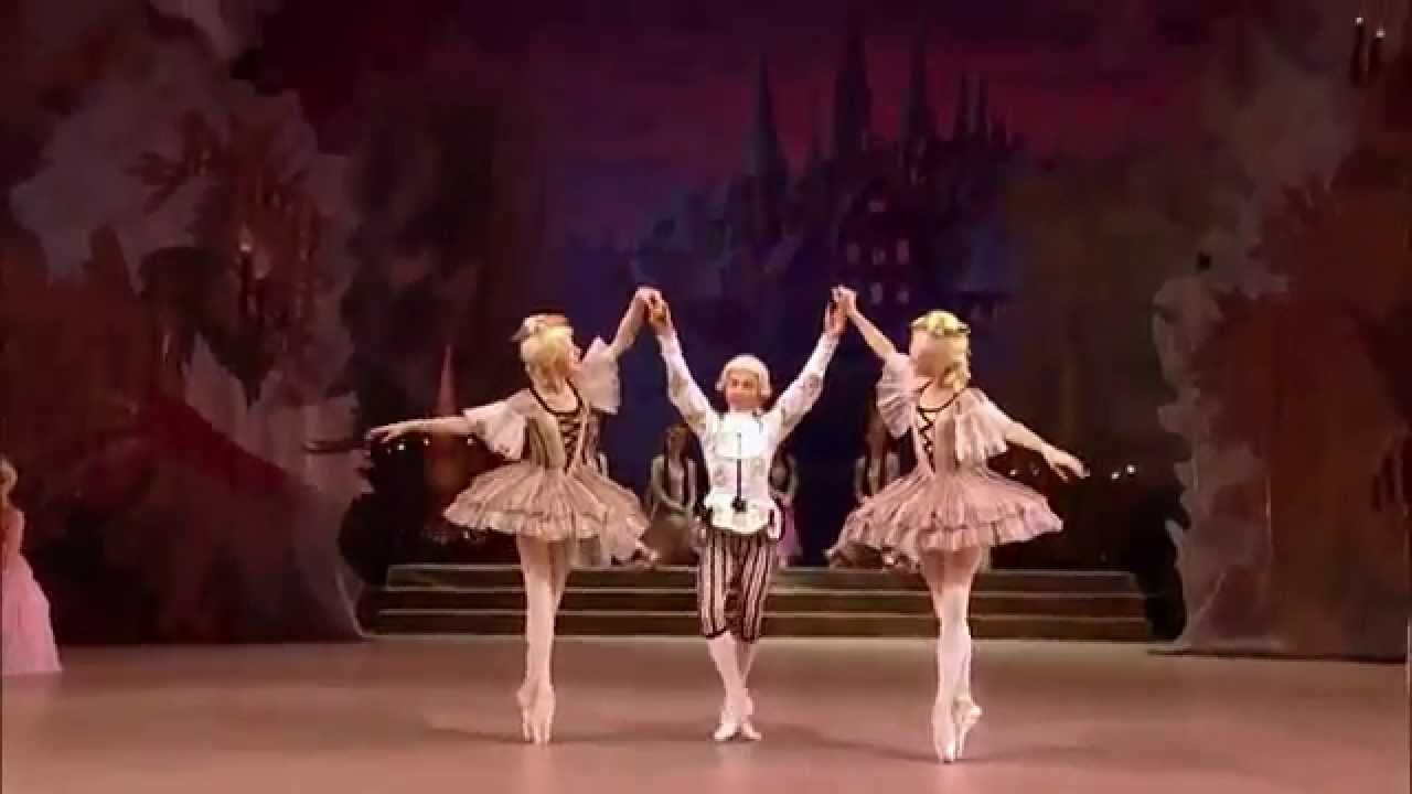 Tchaikovsky The Nutcracker 7 Danza dei mirlitons re