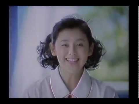 【CM】 安永亜衣 (プロゴルファー祈子) / 花王「つぶ塩」