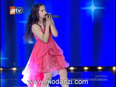 Bir Şarkısın Sen 07.07.2012 | Fındık Kurdu Berna - Bağdat Yolu | www.modanzi.com.tr