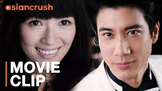 Chinese girl tries to seduce a spy, ends up... | Clip from 'My Lucky Star' with Zhang Ziyi