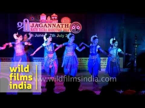 Odissi dance performance at Jagannath Rath Yatra - Delhi