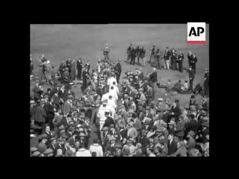 1930 Cricket - Bradman's Wonderful Innings - 3RD Test Match At  Leeds