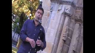 EL GAITERU HEVIA INTERPRETA ASTURIAS DE ALBENIZ EN JUNIO 2013  VILLAVICIOSA