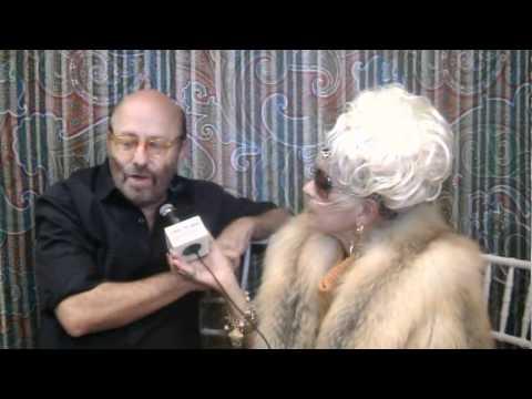 Cognac S Corner Robert Graham Collection Saks Fifth Avenue Interview 2 Mpg Youtube