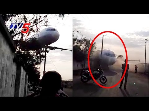 Crane Carrying Air India Plane Crashes Near Begumpet Airport   Hyderabad   TV5 News