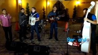 Los Juniors De Culiacan Con Tololoche - El Yoghurt (En Vivo 2013)
