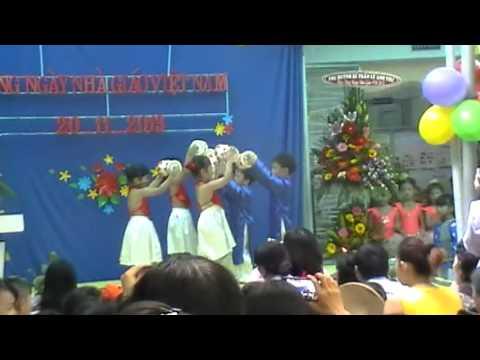 Múa Trống Cơm Lớp Cô Châu, Cô Linh  (Trường Mần Non 1A)