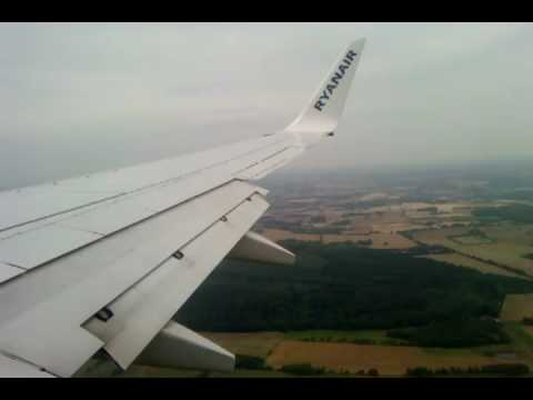 Ryanair landing at Billund Airport 29. July 2009 - YouTube