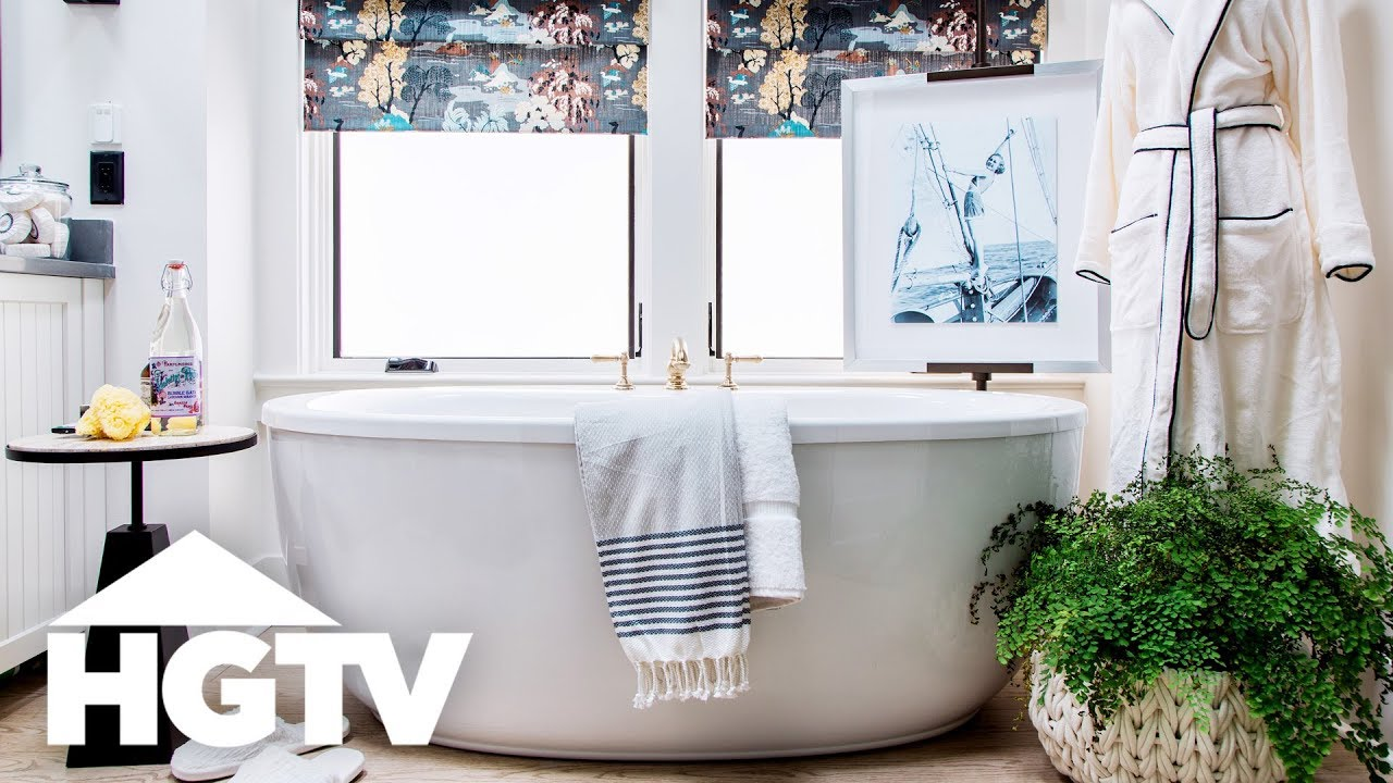HGTV Smart Home 2018 - Master Bathroom Tour - YouTube