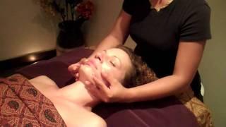 Massage balinais du visage