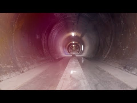 WARR Hyperloop reaches 324 km/h during the second SpaceX Hyperloop Pod Competition