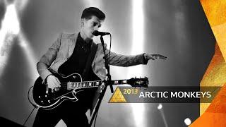 Arctic Monkeys - Brianstorm (Glastonbury 2013)