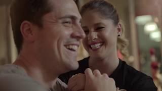 Смотреть клип Nikki Mackliff - Sé Que Mañana