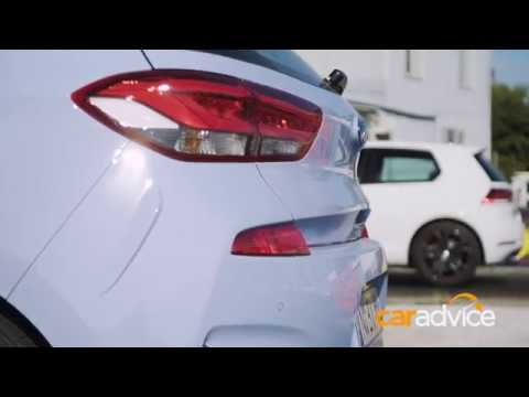 DRAG RACE Hyundai i30N v Volkswagen Golf GTI