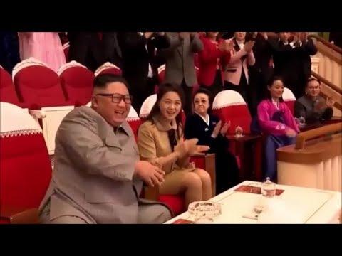 КНДР.Ким Чен Ын с супругой на Новогоднем концерте.