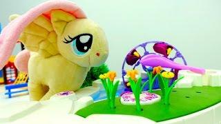 Флаттершай выбирает подарок для Литл Пони к 8 марта