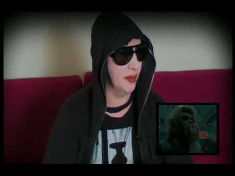 Marilyn Manson Talks About :- Coma White 09