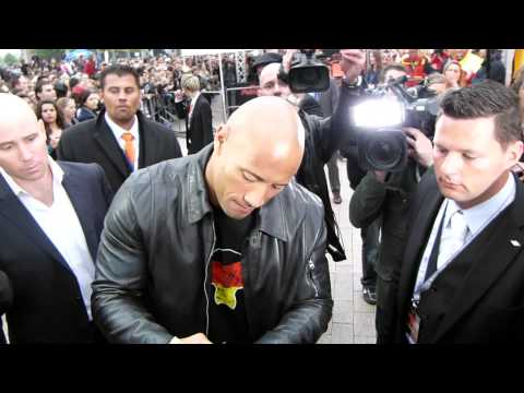 "Dwayne ""The Rock"" Johnson bei der Deutschland-Premiere von Fast & Furious Five in Köln (2011)"