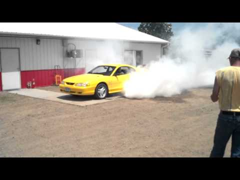 Mustang In Burnout Contest At Eagle Valley Speedway