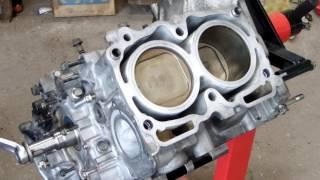 水平対向エンジンのピストンの動き EJ20エンジン