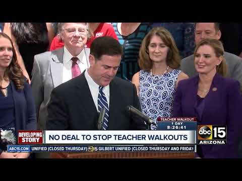 Arizona lawmakers meet with Gov. Ducey's staff ahead of teacher walkout