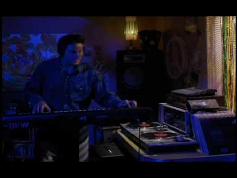 Vibrations: Techno 101