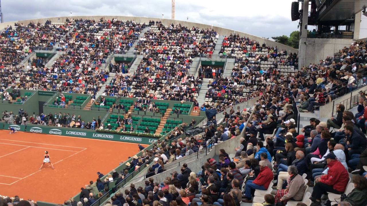 Roland Garros court suzanne lenglen Ana Ivanovic bat Oceane Dodin