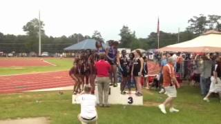 SHS Girls 4 x 400m Finishes 3rd Thumbnail