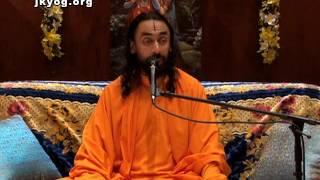 Bhagavad Gita 9/17, Chapter 7 - Swami Mukundananda