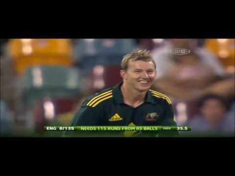 Funny Cricket Moments | Runner Confuses Fielding Team | England V/s Australia
