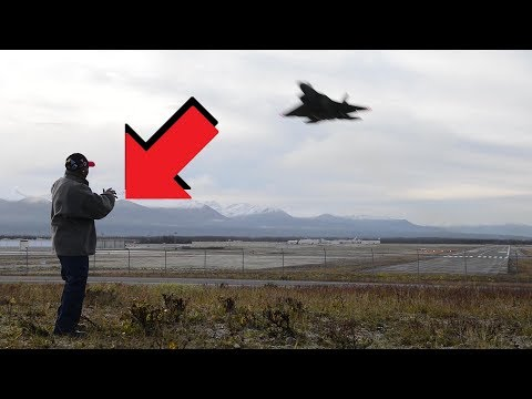 WW2 Airmans Reaction On Seeing F-22 Raptor Live In Action For the First Time In His Life