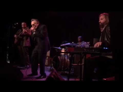 Dump That Chump -Rick Estrin & the Nightcats