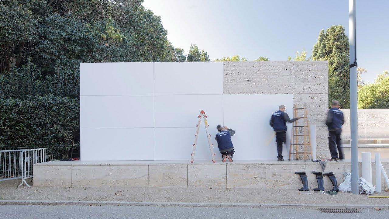 Mies Van Der Rohes Barcelona Pavilion Transforms Into A