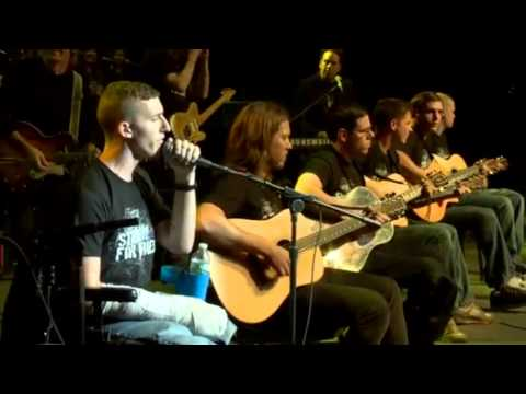 Roger Waters and Band of Brothers-Hallelujah (Stand Up for Heroes)