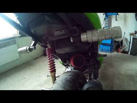 Слайдеры. Крашпеды. Установка боковой защита на скутер Aprilia SR50 для StuntRiding