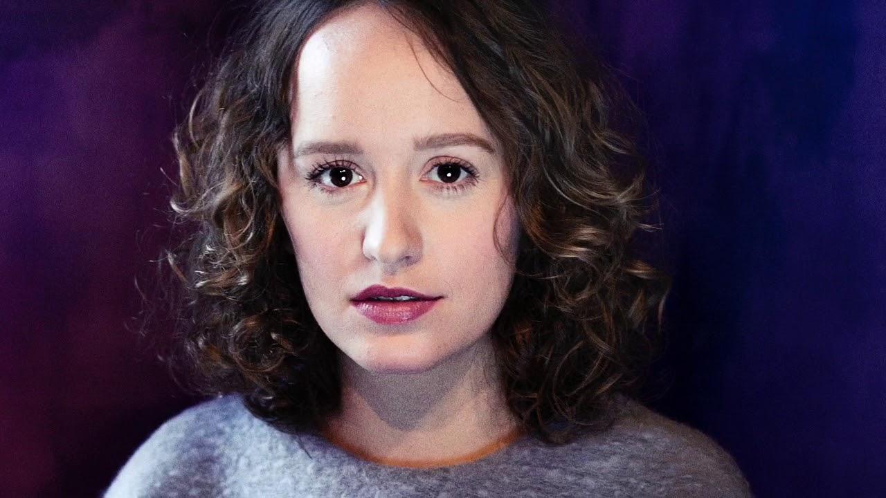 Olga Ravn indlæser selv lydbogen til romanen De Ansatte