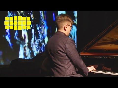 Víkingur Ólafsson - Glass: Études, No. 5 | Yellow Lounge