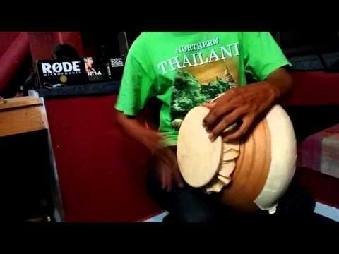 Gumót, Goan traditional Instrument.(Demo by Sir Roque Lazaro)