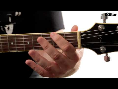Guitar Lesson: Learn how to play Black Sabbath - Electric Funeral - main riff (TG250)