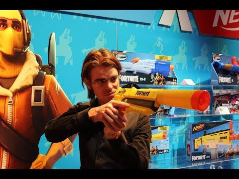 First Review: NERF Fortnite Suppressed Pistol Toy Fair 2019