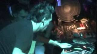 Concurso de dj Xque 2004 by Bull
