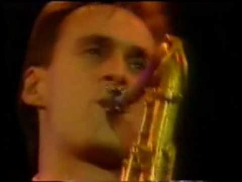 Dire Straits - Chris White's Sax Solo.