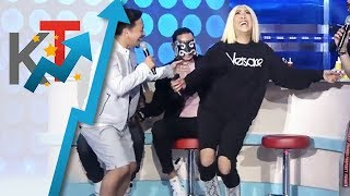 FIRST TIME Vice Ganda, sinayaw ang trending dance move ni Kuya Escort Ion