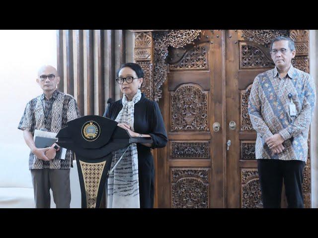 Press Statement Menlu RI Terkait Perlintasan Orang dari dan ke Indonesia terkait COVID-19